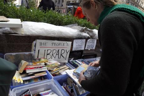 Βιβλία σε... ομηρεία